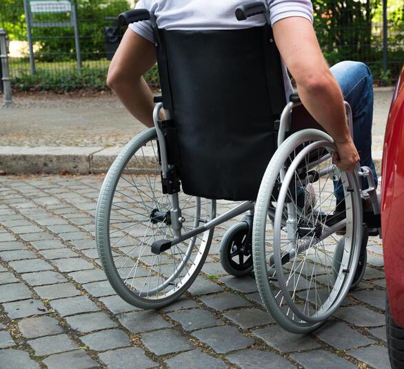 hotel per disabili lago maggiore: vacanze a portata di tutti nell ... - Soggiorno Lago Dorta 2