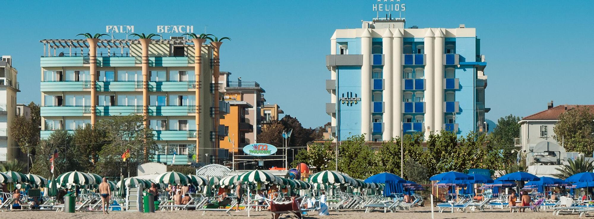 Hotel 3 stelle superior rimini palm beach hotel e - Residence rimini con piscina ...