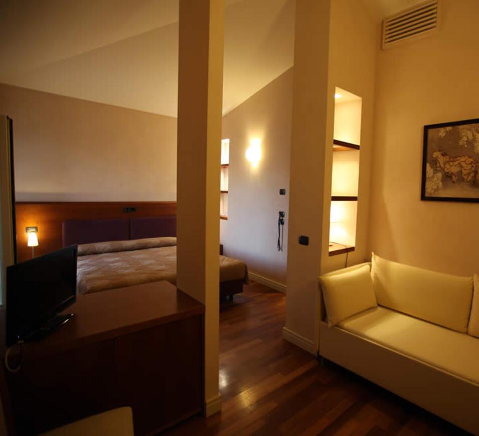 Hotel con aria condizionata san marino camere con tv - Titan bagno san marino ...