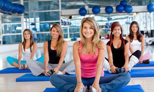 Ausgestattetes Fitnessstudio Rimini
