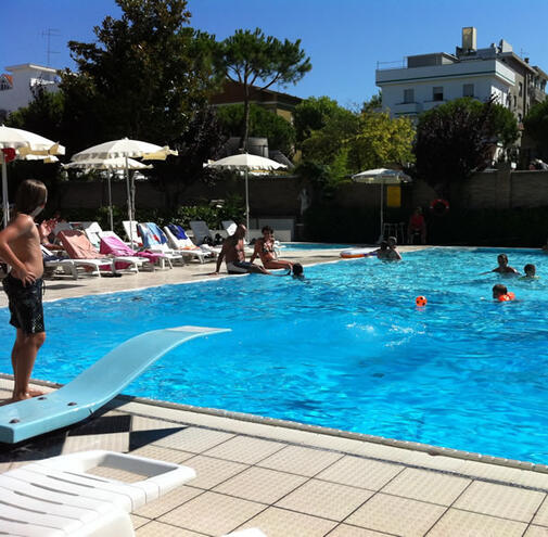 Hotel 3 stelle con piscina a gatteo mare relax e comfort - Hotel gatteo mare con piscina ...