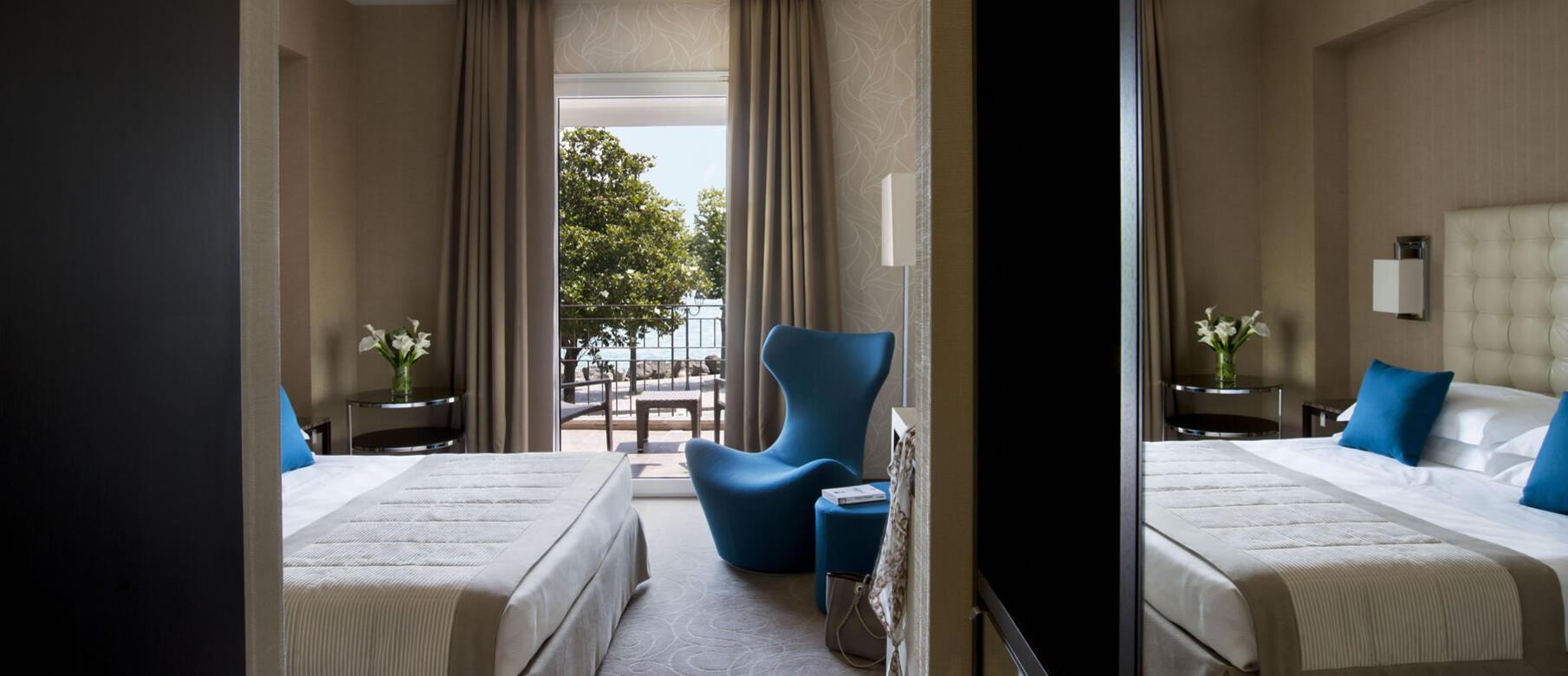 superior zimmer im hotel in desenzano seeblick mit balkon