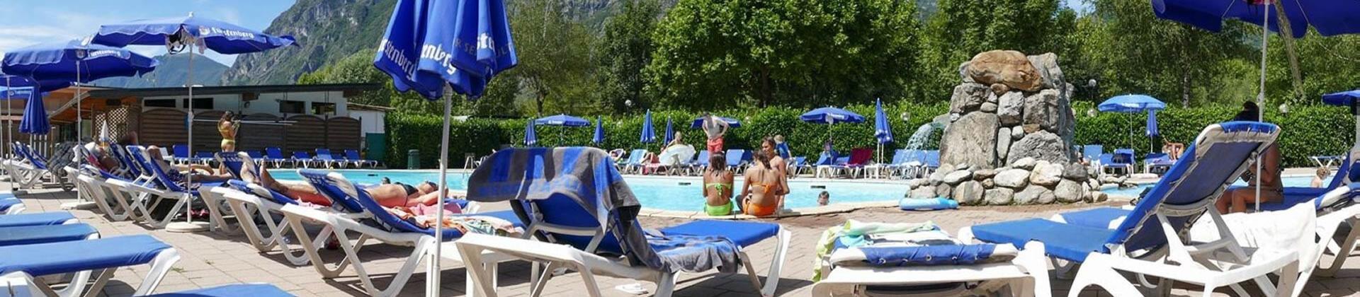 campingdarna en swimming-pool 013
