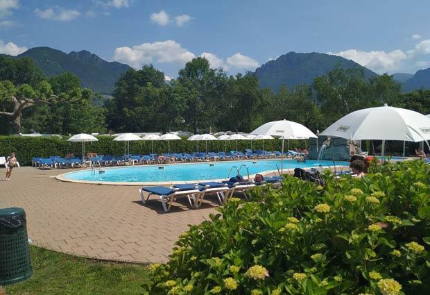 campingdarna en swimming-pool 014