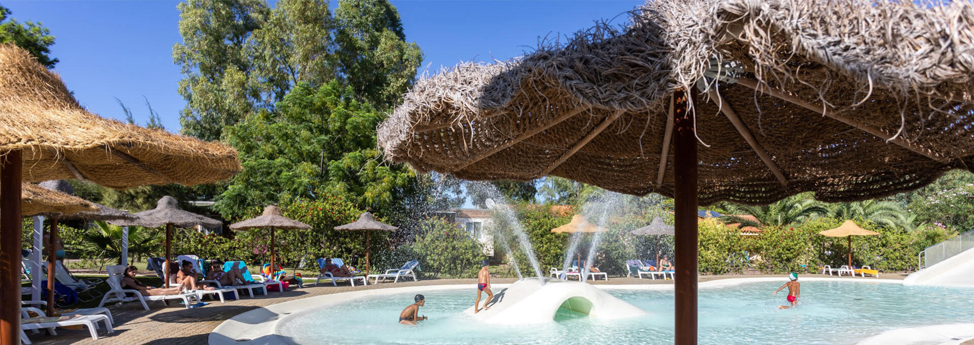 4mori fr village-touristique-avec-piscine-sardaigne 016