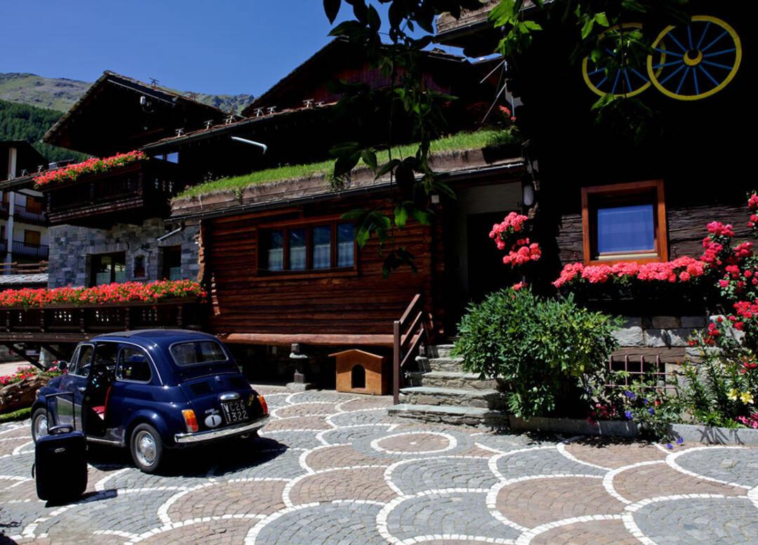 abc-vacanze en hotel-petit-prince-champoluc 012