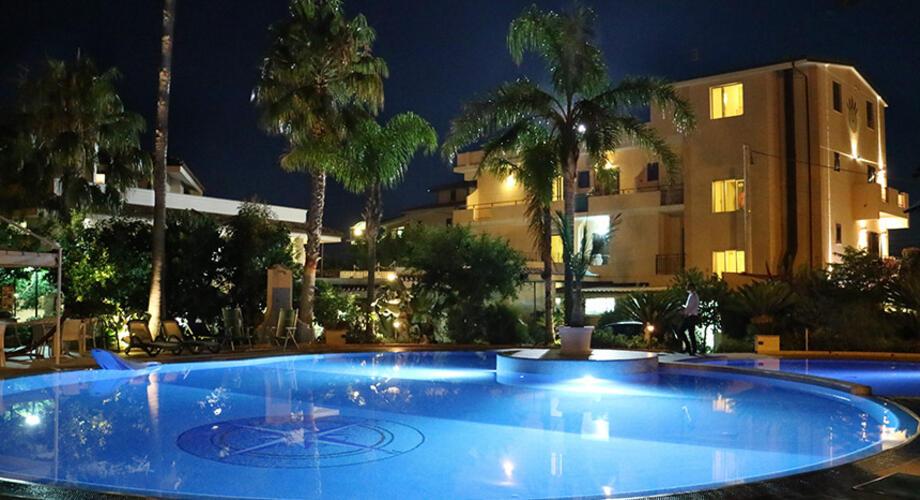 Hoteleigenen Swimmingpool