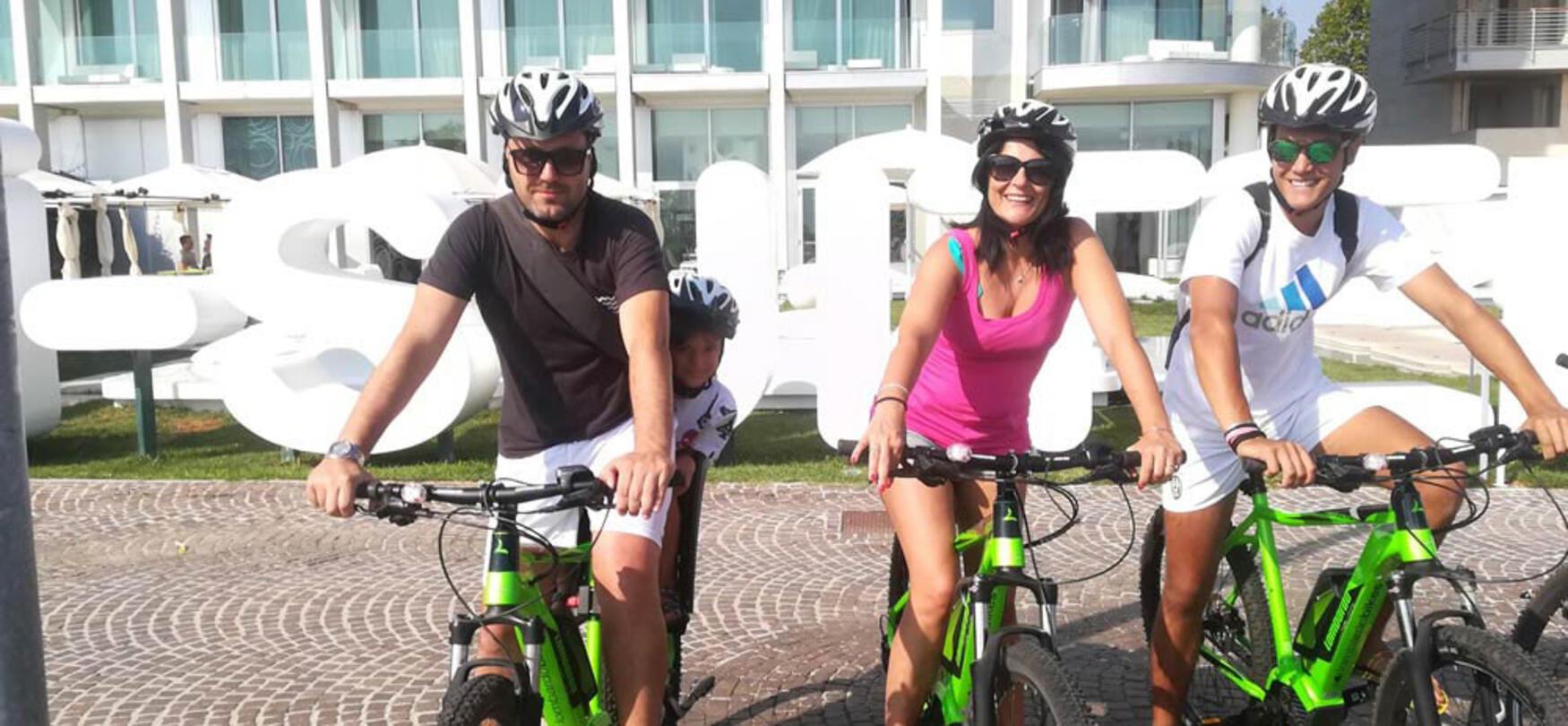 ambienthotels en electric-vehicle-rental-rimini 007
