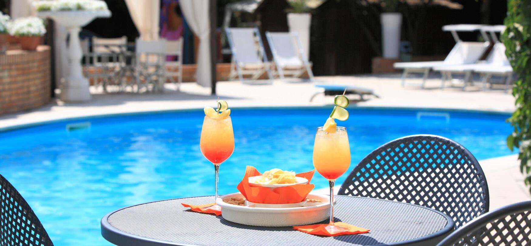 ambienthotels en swimming-pool-villa-adriatica 008