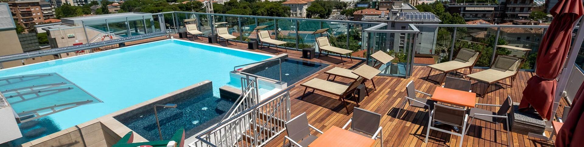 ariahotel fr hotel-avec-piscine 013