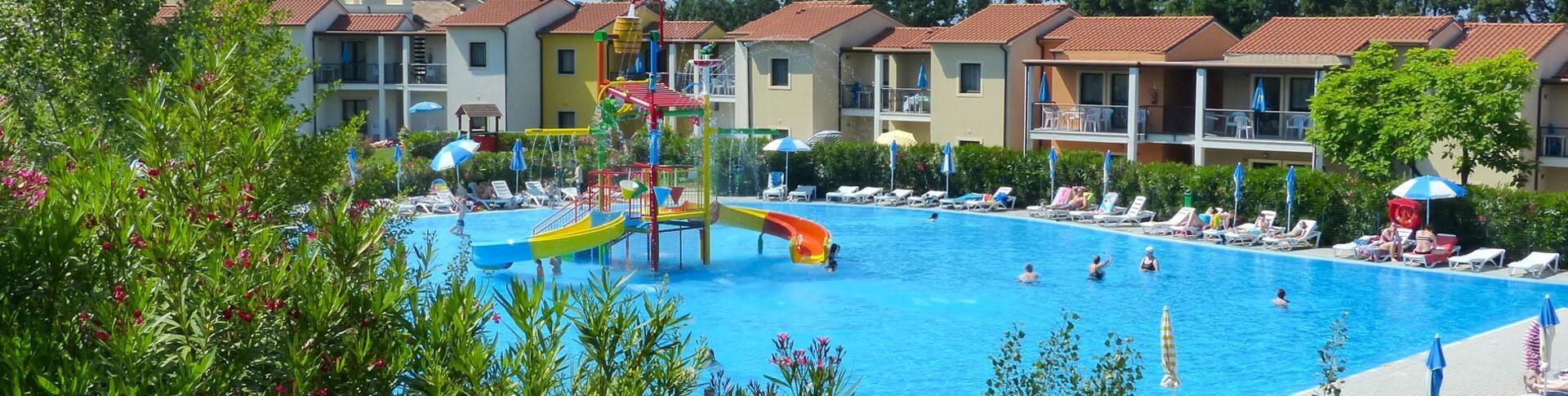 belvederevillage de pool-belvedere-village 003