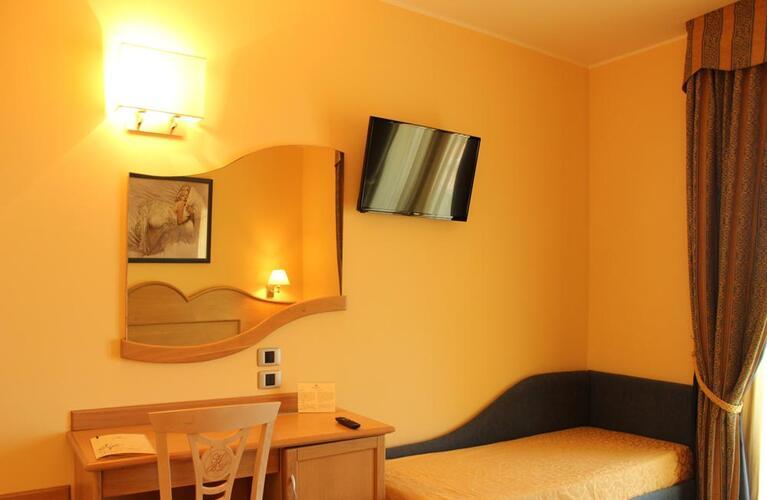 blutropical en rooms 025