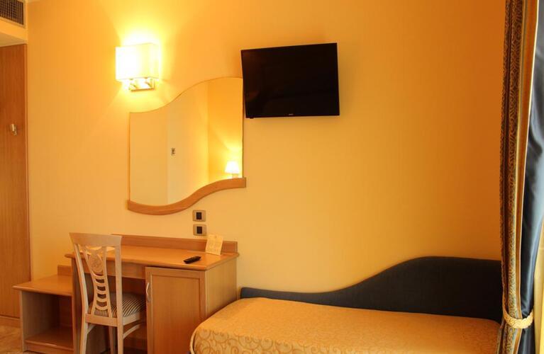 blutropical en rooms 026
