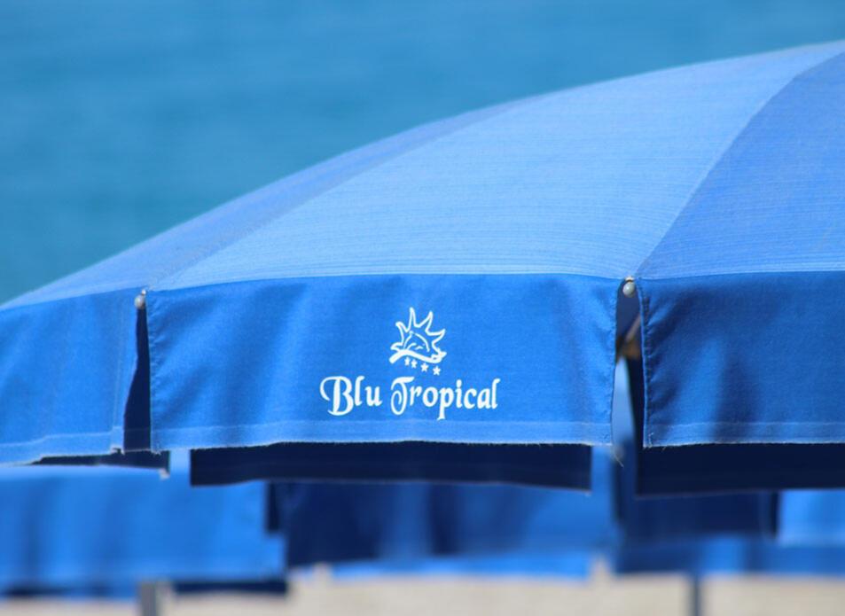 blutropical en beach-costa-degli-dei 006