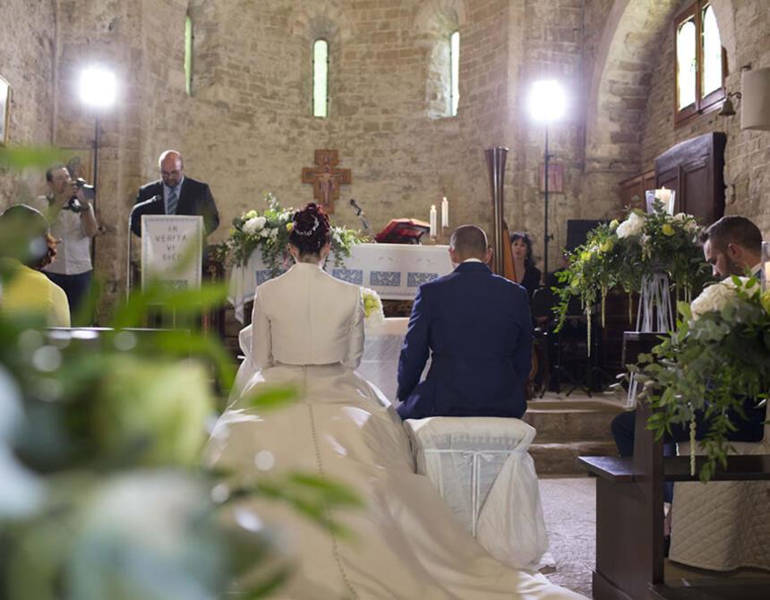 borgolanciano fr lieu-mariage-marches 008