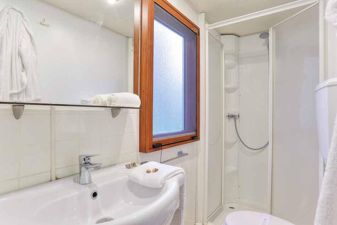 campinglecapanne pl domy-wakacyjne-maxicaravan-california 027