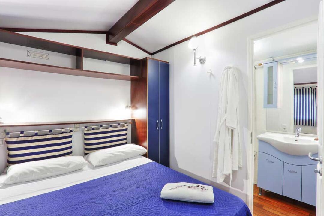 campinglecapanne pl domy-wakacyjne-maxicaravan-elba 024