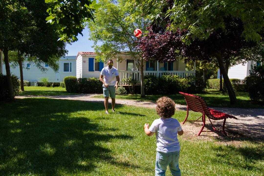 campinglecapanne de ferienhauser-maxicaravan-giglio-paradise 024