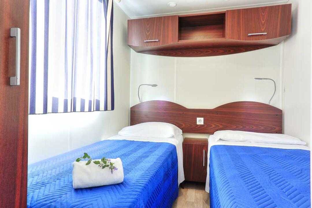 campinglecapanne de ferienhauser-maxicaravan-giglio-paradise 027
