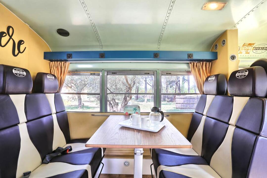 campinglecapanne pl school-bus 024