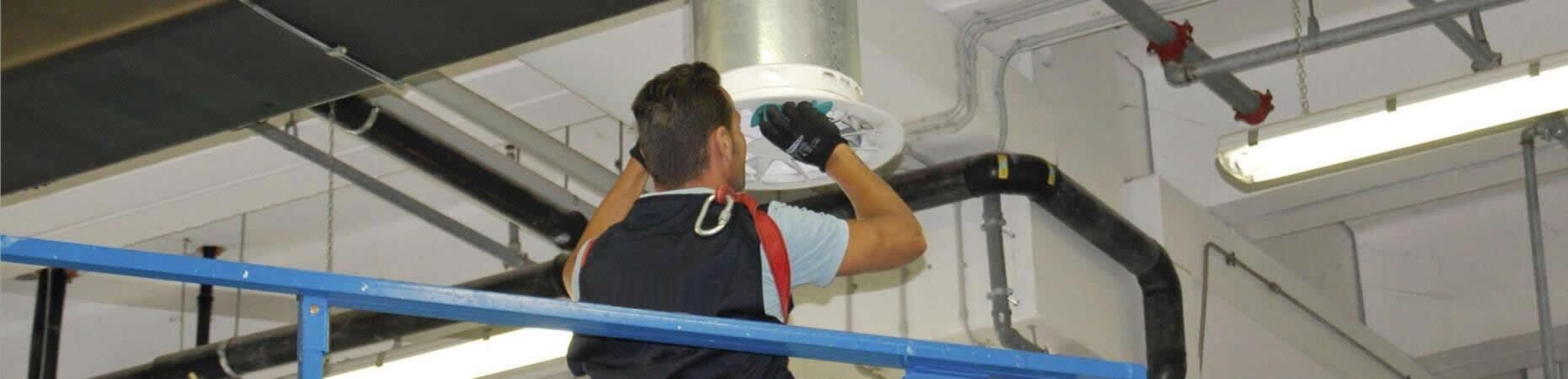 cicognaservizi it pulizia-e-sanificazione-condotti-aria-bologna 004