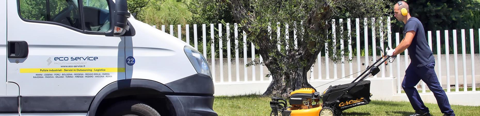 eco-service it manutenzione-aree-verdi-e-giardini 005