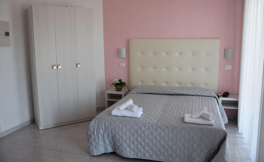 gambrinusrimini en rooms-hotel-all-inclusive-riviera-romagnola 015