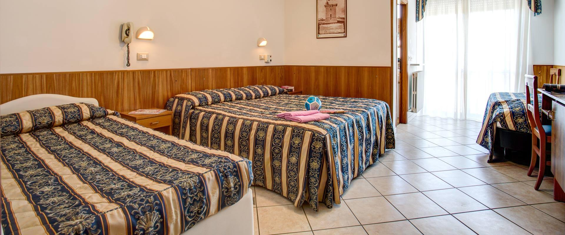 genzianellahotelcervia it camere 001