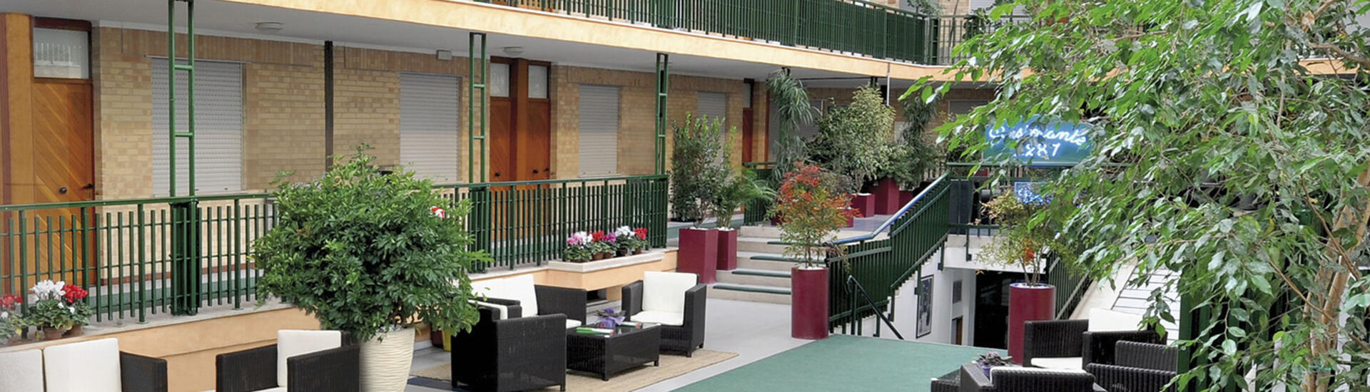 holidayfamilyvillage fr appart-hotel-marches 011