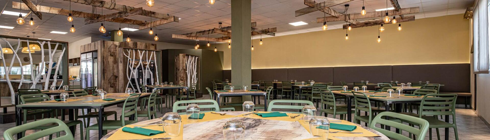 holidayfamilyvillage fr restaurant-shopping 011