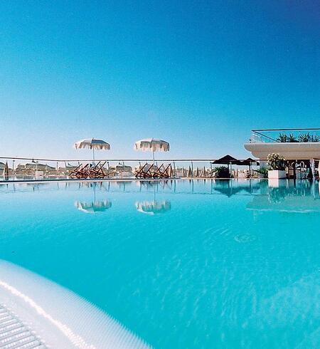Vacanze all inclusive a milano marittima con piscina in spiaggia - Hotel con piscina milano ...