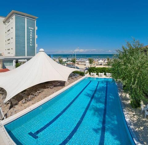 Albergo con piscina senigallia hotel sul mare con ampia piscina - Hotel sul mare con piscina ...