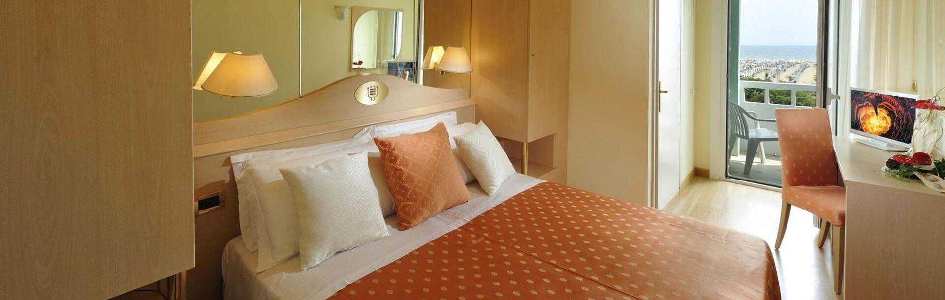 hotel-montecarlo it economy-room-bibione 013