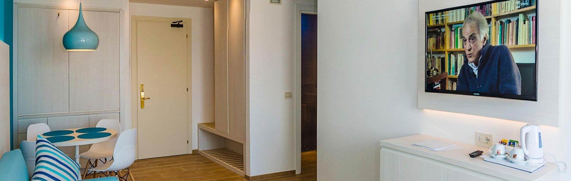 hotel-montecarlo pl family-living-aparment-bibione 013