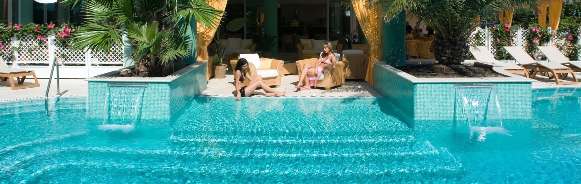 hotel-montecarlo it prenota-prima-vacanze-a-bibione-in-hotel-fronte-mare-4-stelle 013