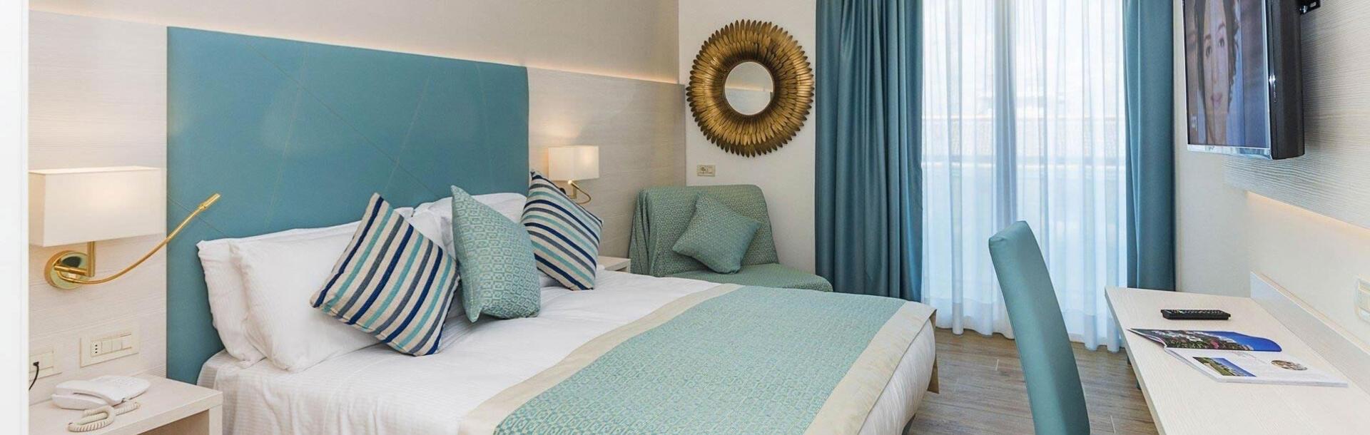 hotel-montecarlo en hotel-with-suites-in-bibione 013