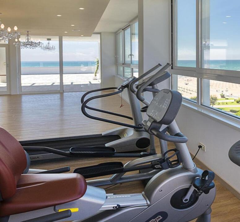 hotel-montecarlo pl silownia-sportowe-wakacje 015