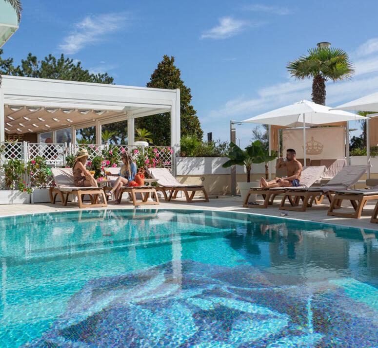 hotel-montecarlo de hotel-bibione-mit-pool 015