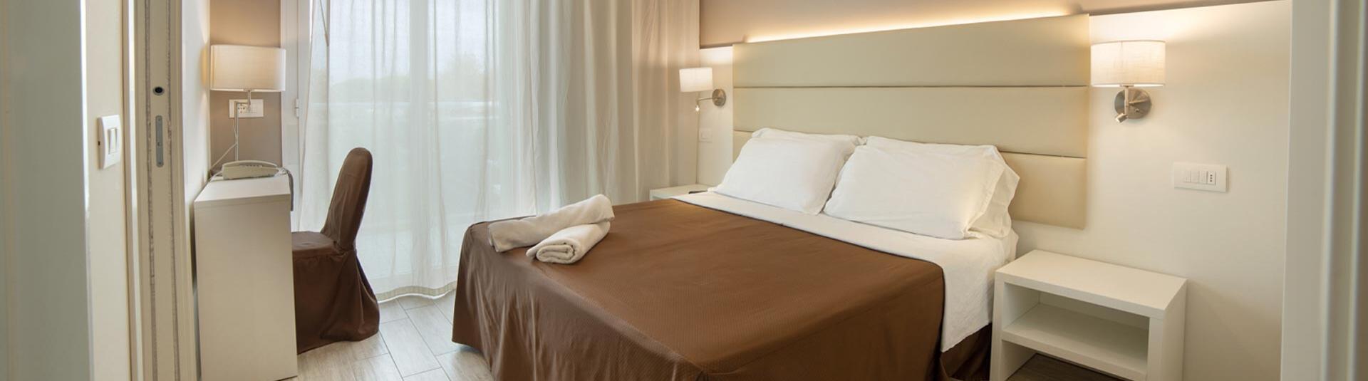 hotelacquamarina en rooms-hotel-riccione 004
