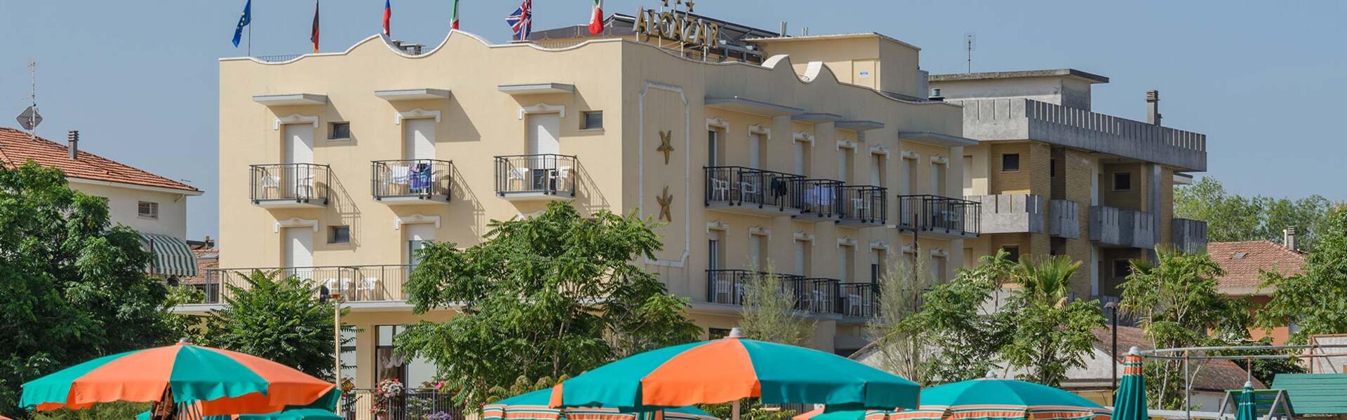 hotelalcazarimini it home 003