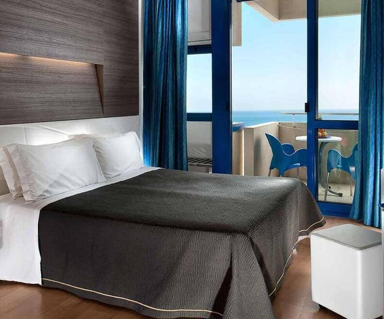 hotelbaltic it hotel-con-vasca-idromassaggio-in-camera-a-riccione 005