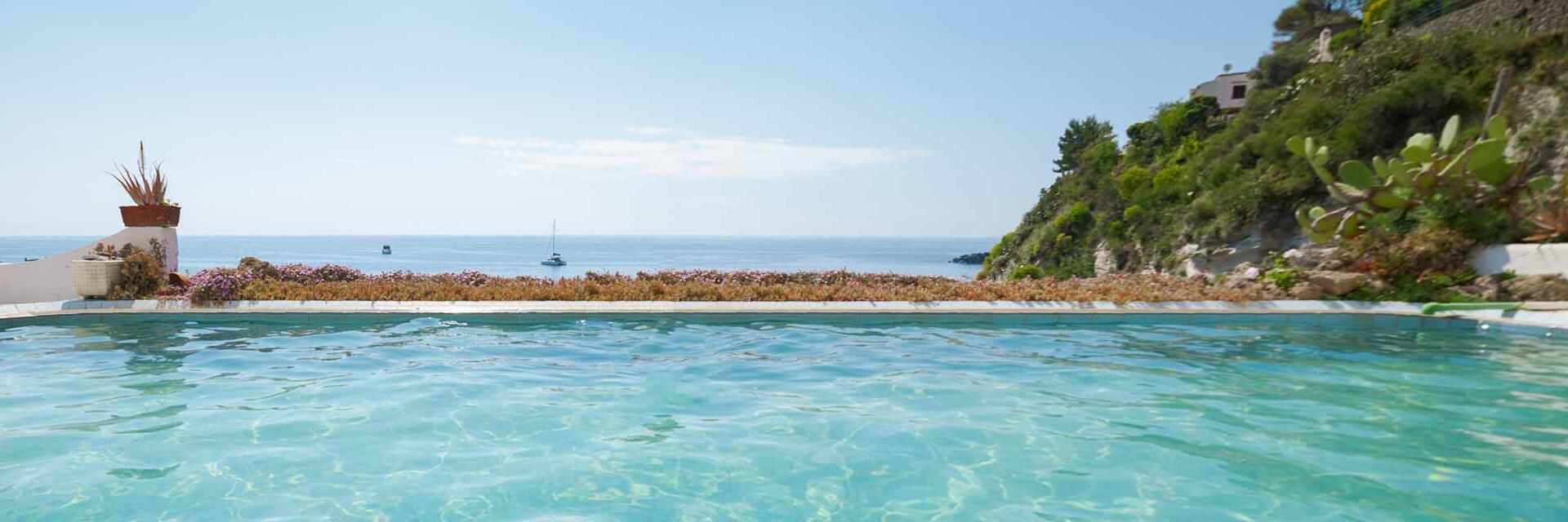 hotelcasarosaterme de schwimmbecken 002