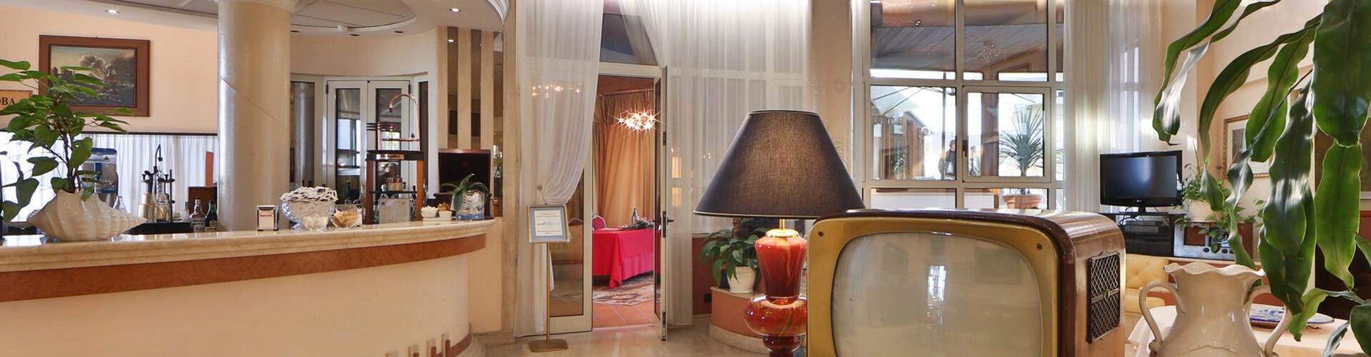 hoteldavidpalace en contacts 001