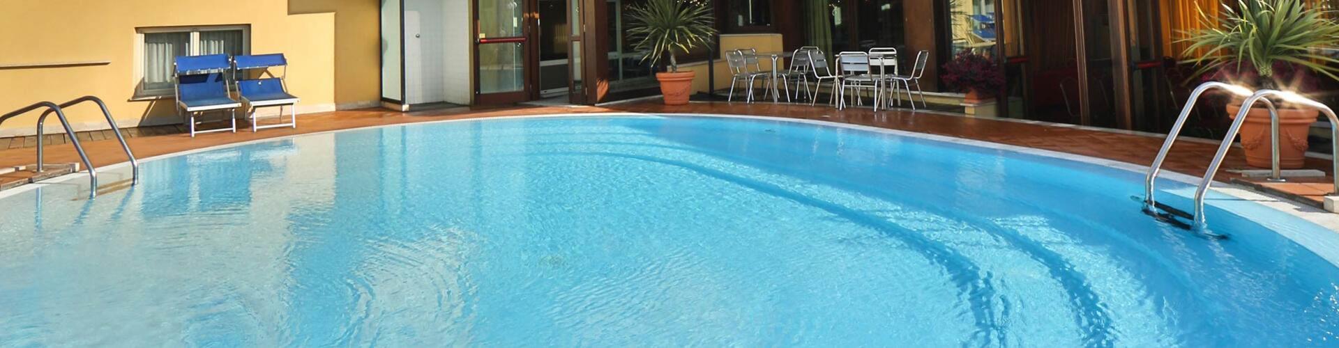 hoteldavidpalace en pool 001