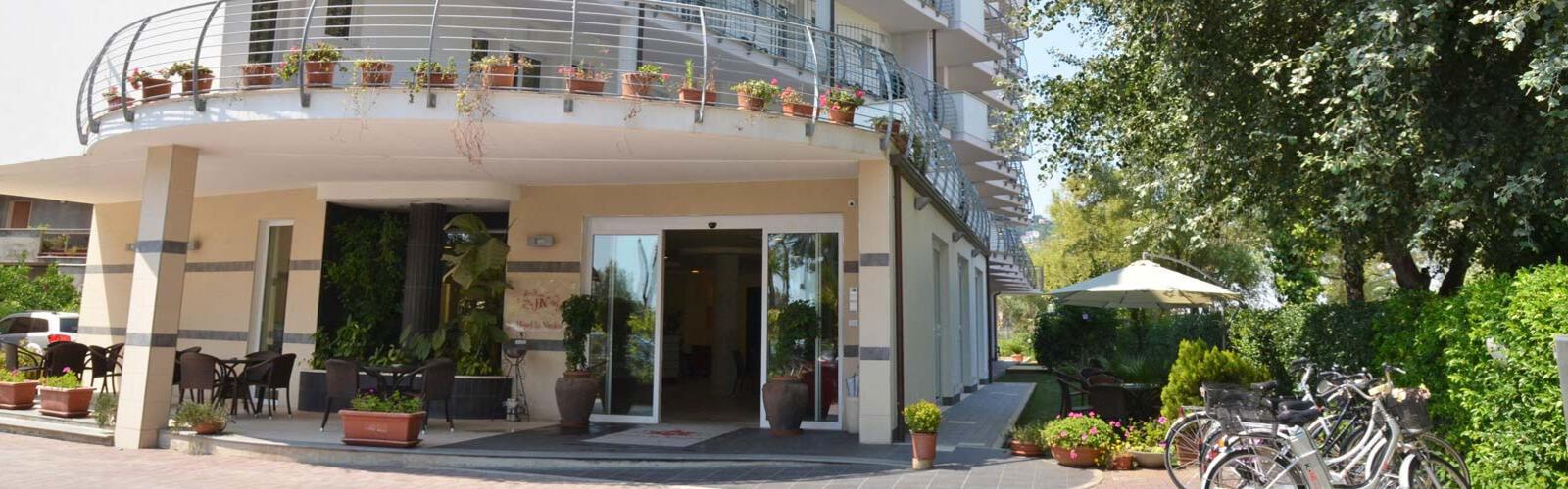 hotellaninfea it domande 002