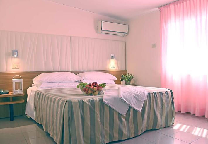 hotelmyosotis fr chambres 018