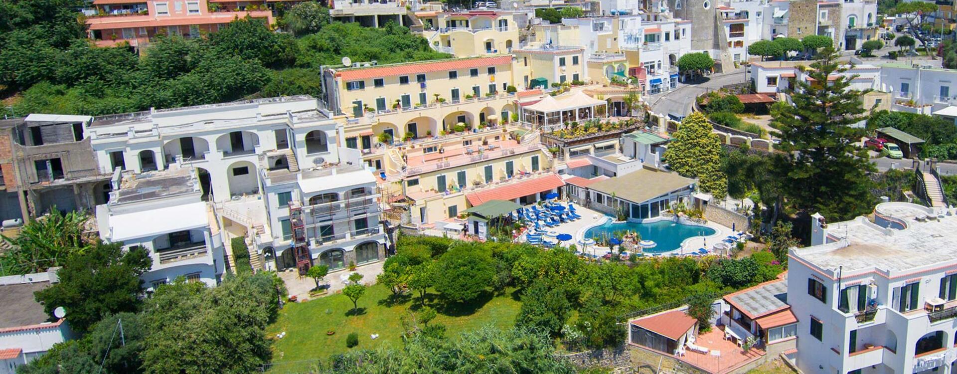 hotelsaintraphaelischia en where-we-are 010