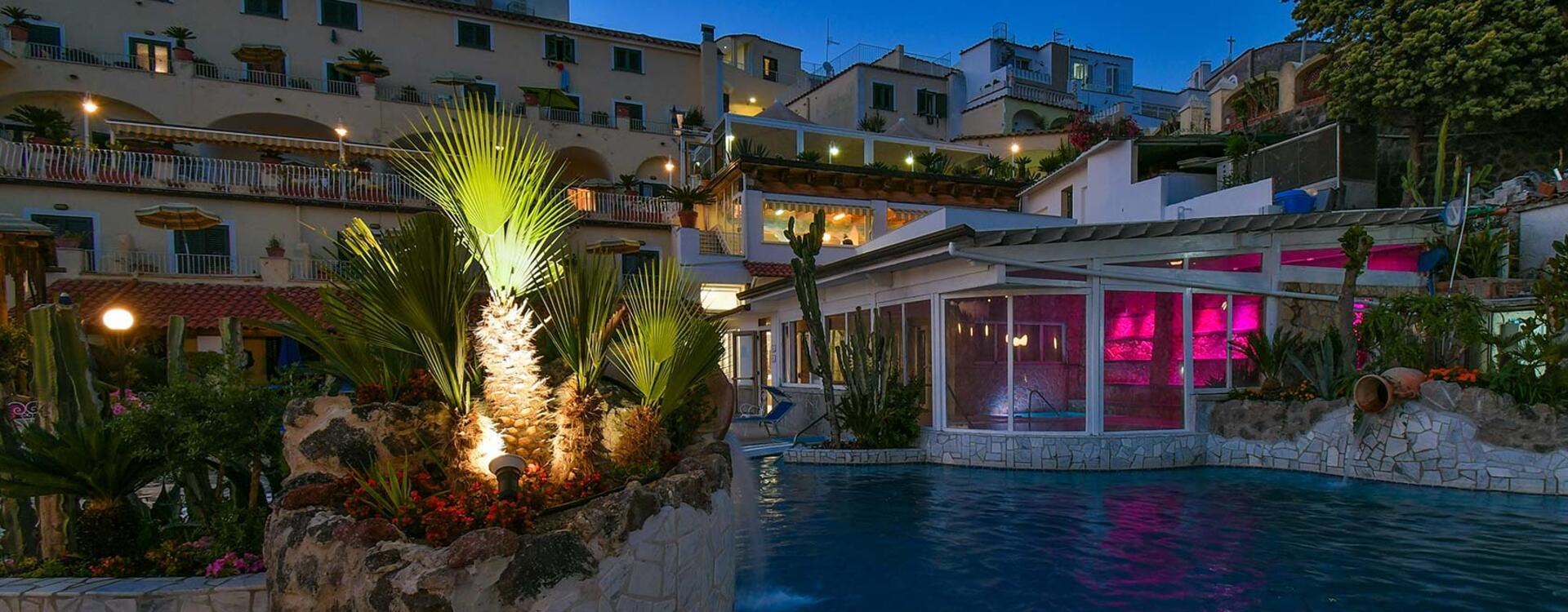 hotelsaintraphaelischia en hotel 010