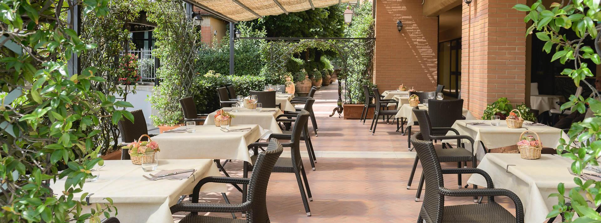hotelsangregorio en restaurant-in-pienza 005