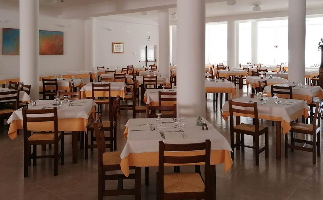 hotelsfinalicchio en hotel-with-restaurant-vieste 005